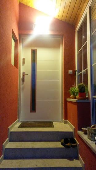 Bezpečnostní dveře, Komsta, Praha