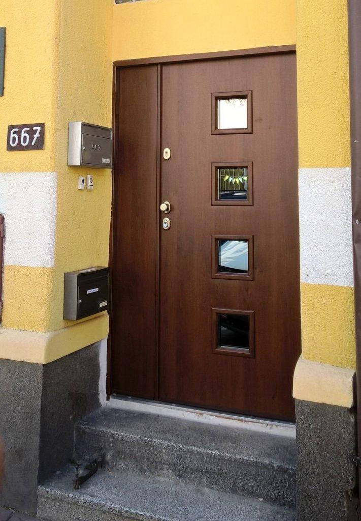 Dvoukřídlé bezpečnostní dveře, TT MAX, Pardubice, Smilova